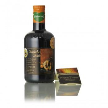 Steirisches Premium Kürbiskernöl ggA in der Flasche / bottle